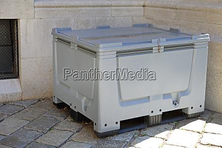 palettenbox fuer cargo transport kunststoffbehaelter