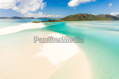 aerial view of whitsundays beach in
