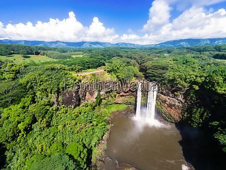 luftaufnahme von wailua falls kauai hawaii