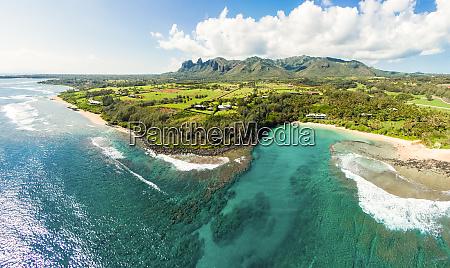 panoramablick auf papaa bay kauai hawaii