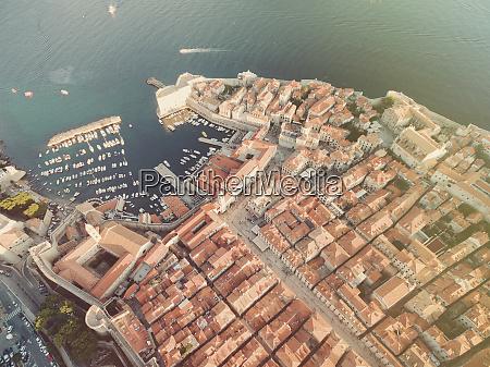 luftaufnahme der altstadt von dubrovnik kroatien
