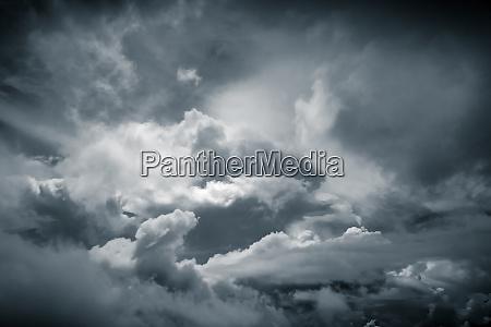 perfekte dramatische himmel bacground