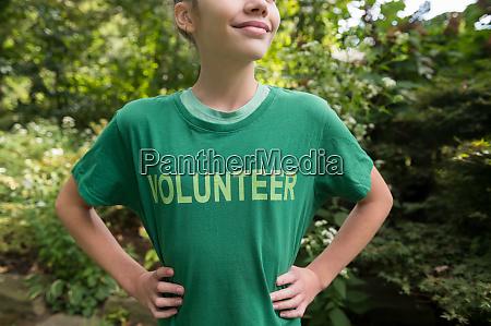 girl wearing volunteer t shirt