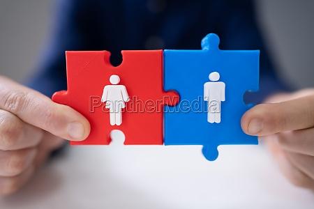 eine person hand platzierung blau maennliche