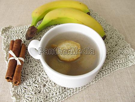 bananenschalentee tee aus bio bananen bananenschale