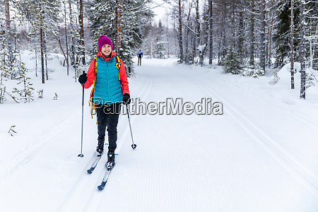 cross country skiing woman with