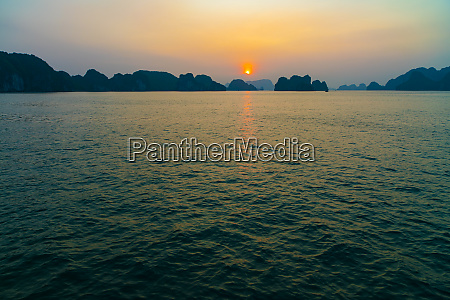 sunrise halong bay vietnam asia