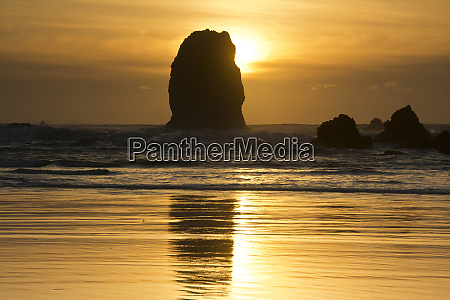 sunset cannon beach oregon usa