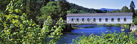 usa oregon mckenzie river goodpasture bridge