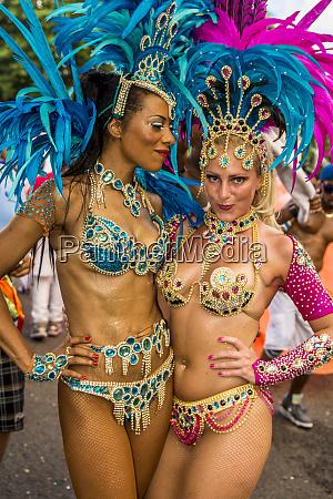 brasilianische samba band auf den internationalen
