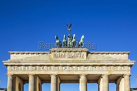 berlin deutschland nahaufnahme der quadriga am