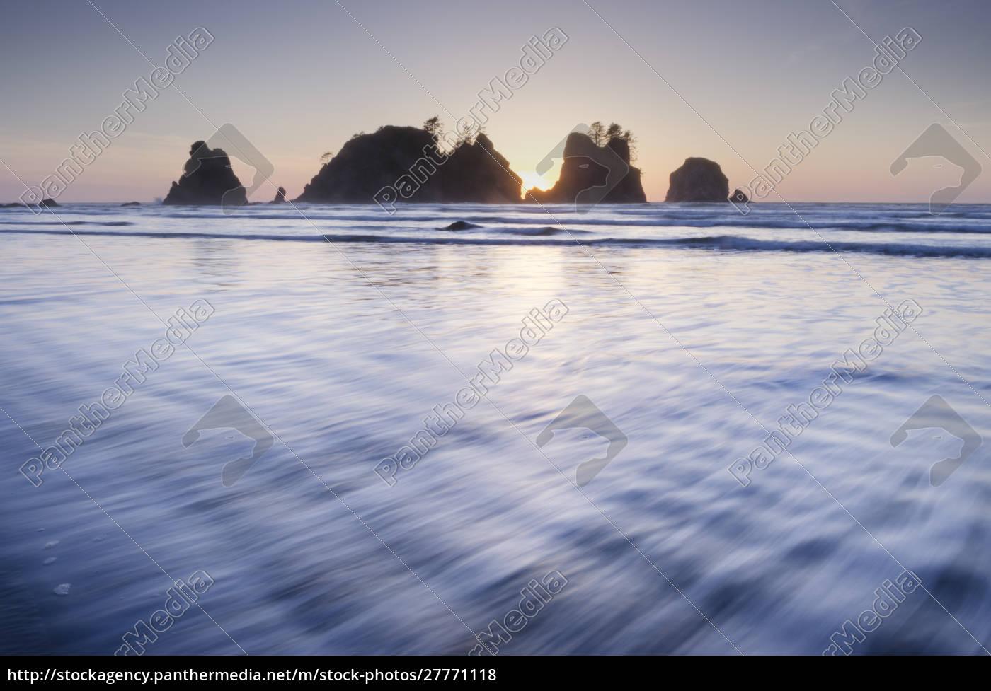 sonnenuntergang, am, shi, shi, beach, meeresstapel, von - 27771118