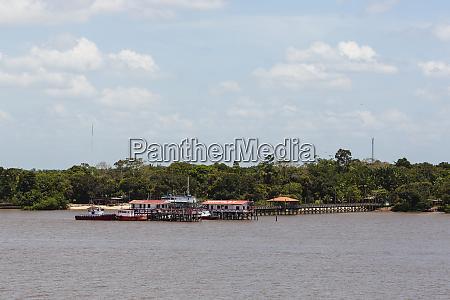 suedamerika brasilien amazonas dock und strukturen