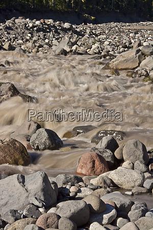 paradise river detail close up mount