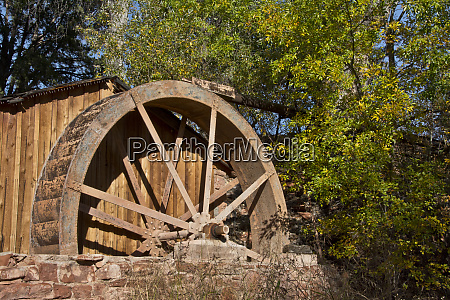 water wheel old mill cathedral rock