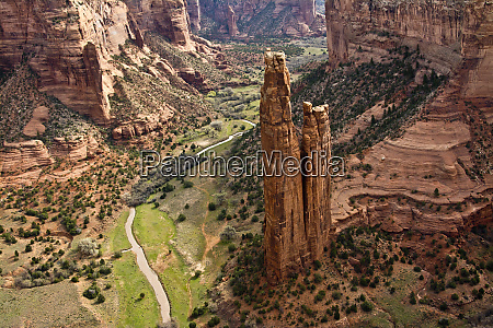 spider rock viewpoint and canyon de