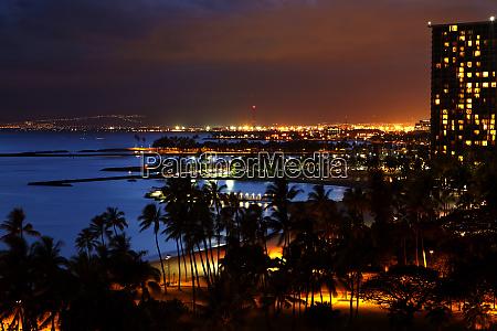 usa hawaii oahu honolulu sunset over