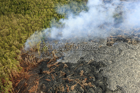 aerial smoke from maunaloa caldron live