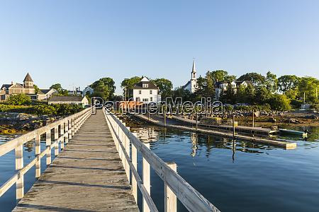 the town docks in jonesport maine
