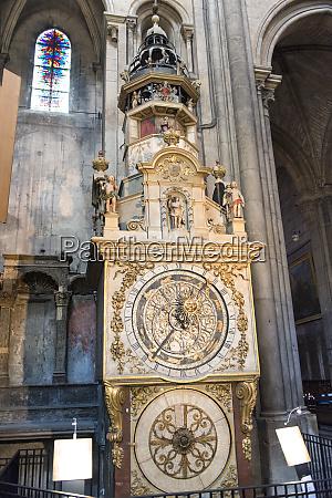 astronomical clock saint john the baptist