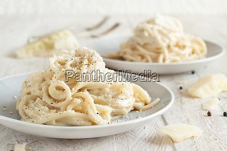 cacio e pepe italian cheese and