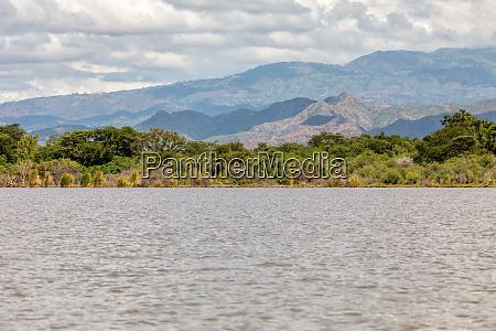 lake chamo landschaft AEthiopien afrika
