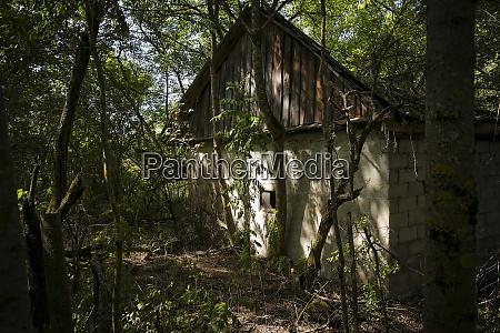 verlassenes zuhause in der sperrzone von