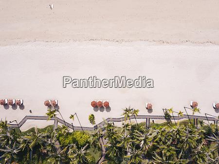 indonesien bali luftaufnahme des strandes nusa
