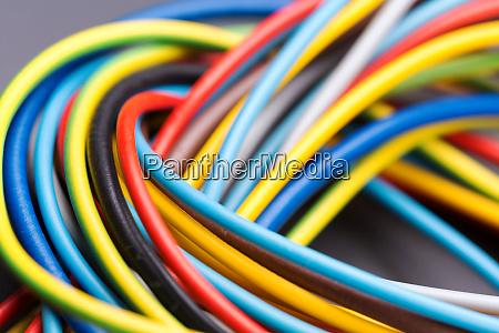 bunte elektrische kabel