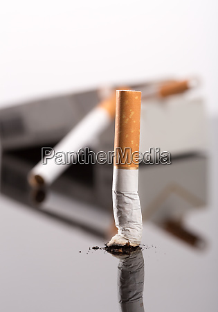 zigarettenstummel gegen box