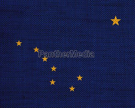 flagge von alaska auf altem leinen