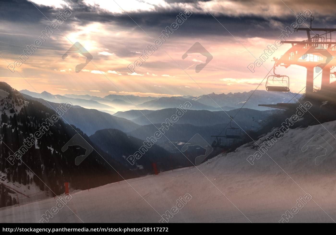 skiing, insouthern, tyrol - 28117272