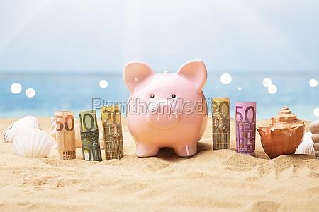 euro banknoten in der naehe von