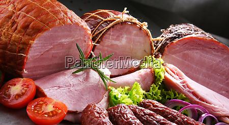 zusammensetzung mit verschiedenen fleischprodukten