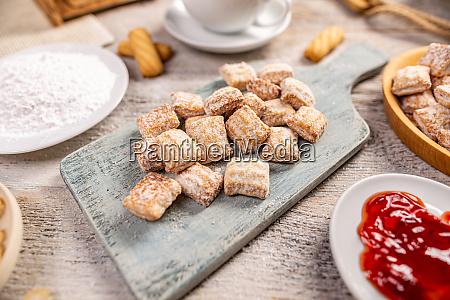 puderzucker cookies