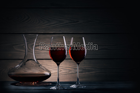 two, glasses, and, decanter, of, red - 28286181