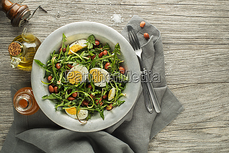 loewenzahnsalat