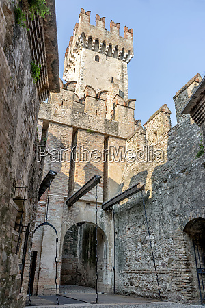 castle in sirmione in italy