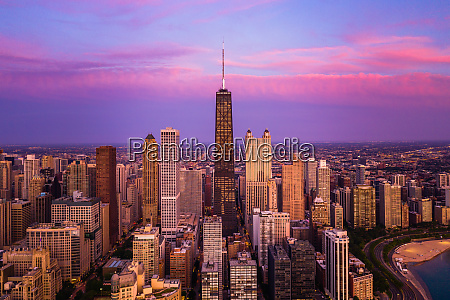 aerial view of chicago skyscraper during