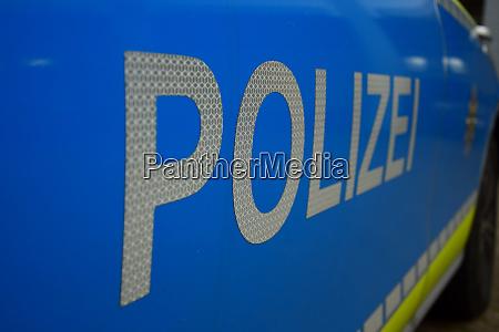 das wort polizei auf einem deutschen