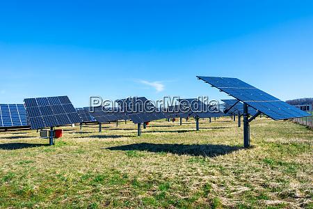 alternative energieerzeugung mit sonnenkollektoren