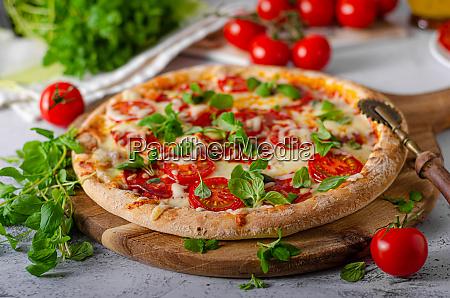 pizza margherita hausgemacht