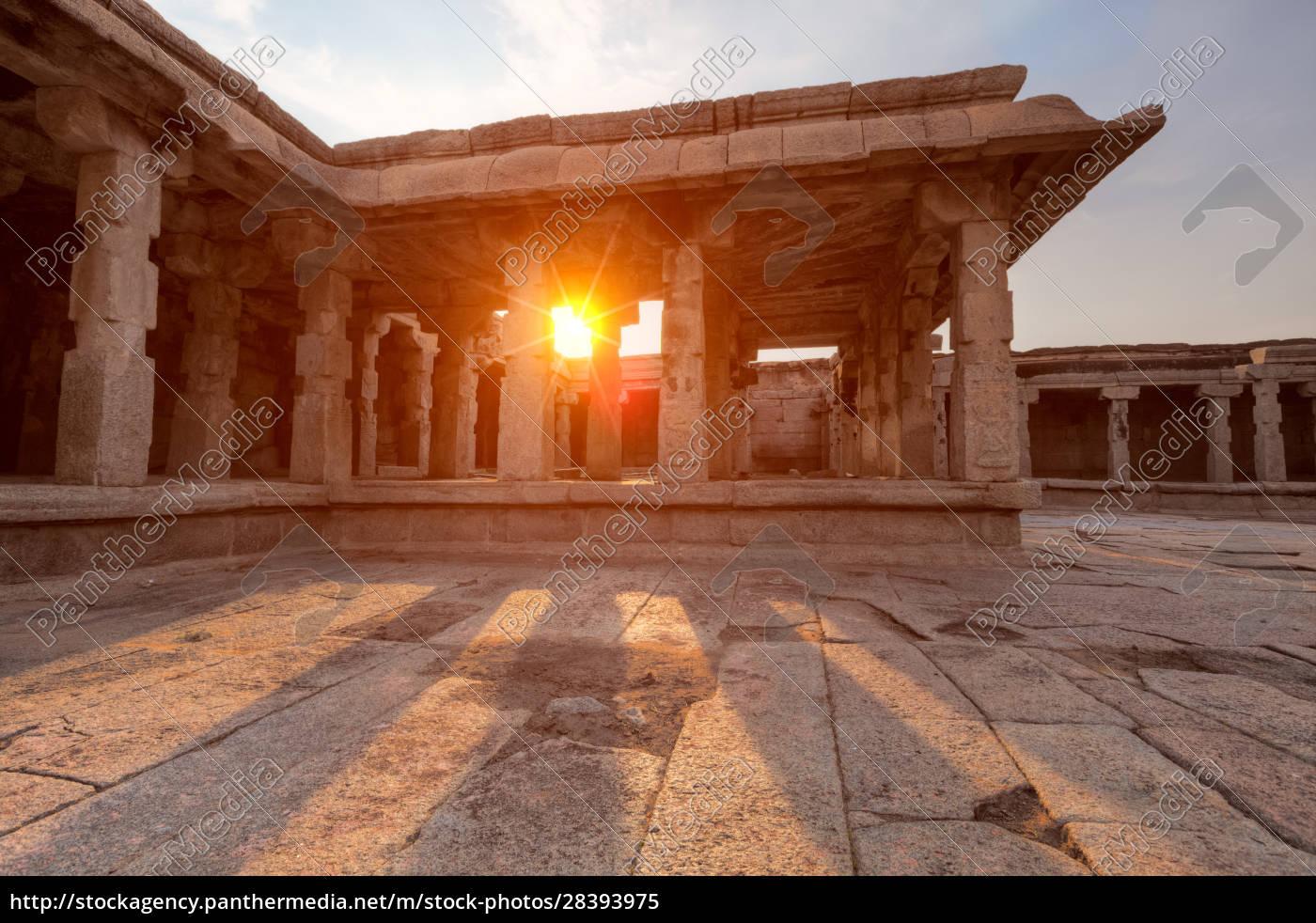 krishna, temple, on, sunset., hampi, , karnataka, - 28393975