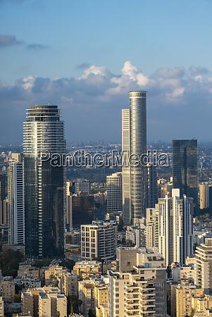 ramat gan und tel aviv skyline