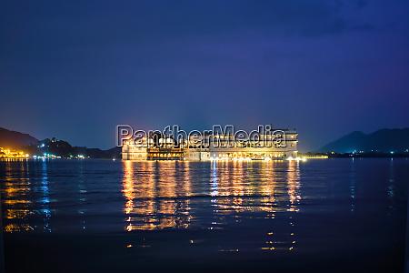 lake palace palace am lake pichola