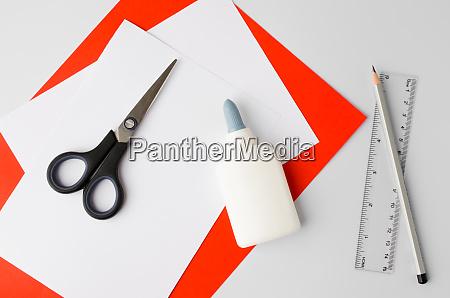 wie man poliertes papier cotillion zu