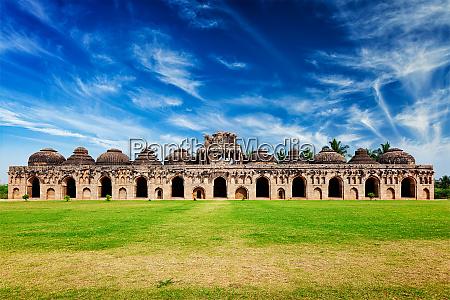 antike, ruinen, von, elefantenställen - 28472412