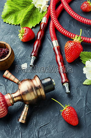shisha mit erdbeeren