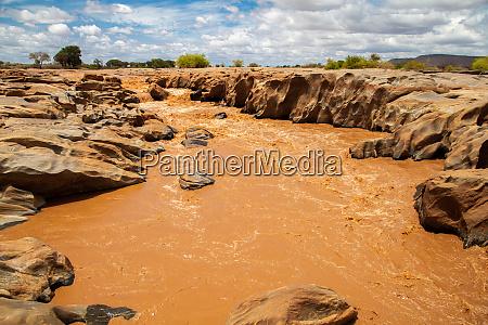galana, river, in, kenya, , blue, sky - 28560959