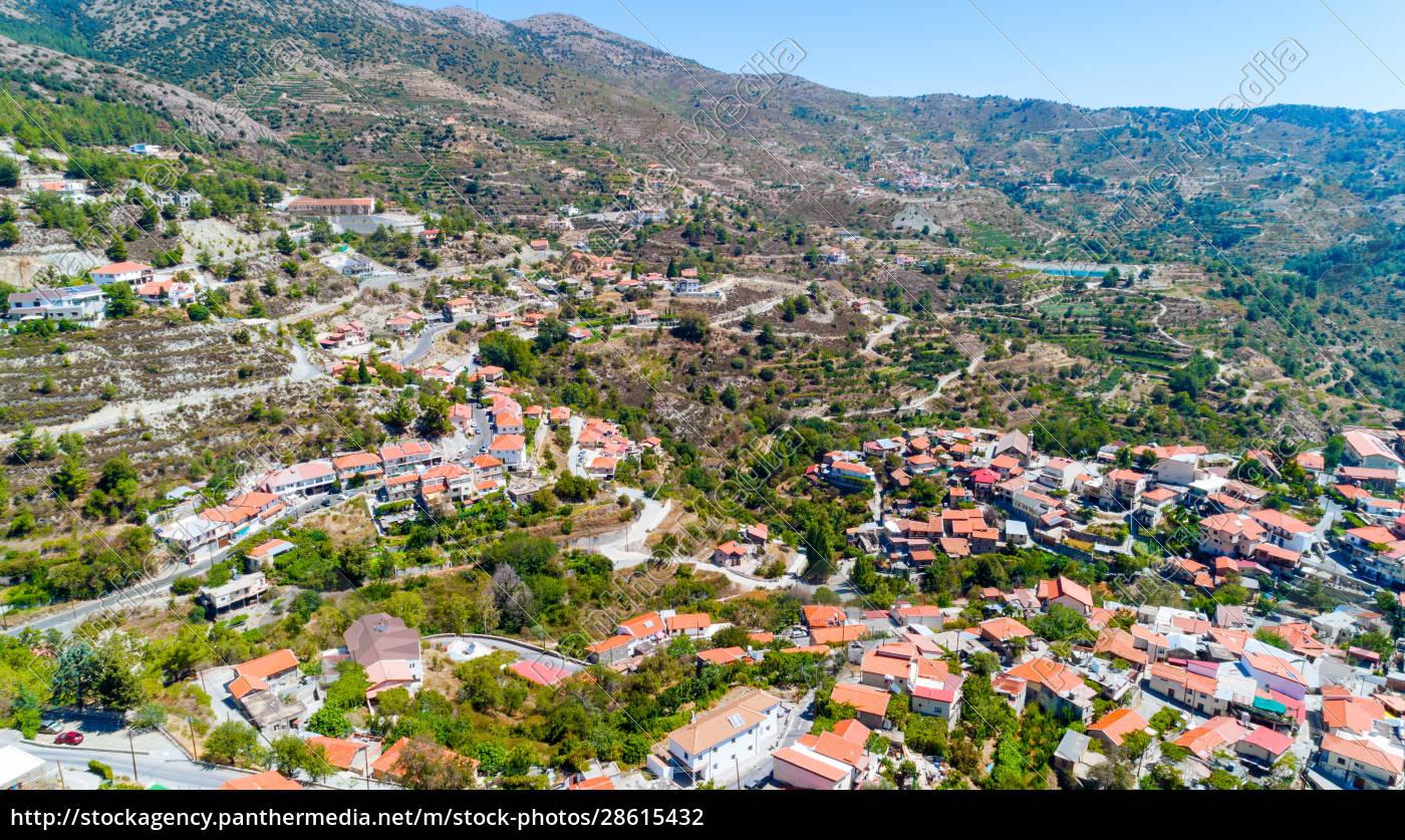 aerial, kyperounda, village, limassol, zypern - 28615432